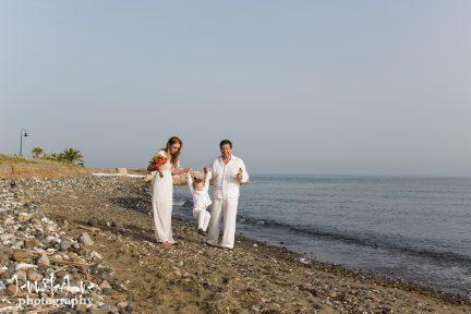 family-photo-shoot-tikitano-beach-restaurant-estepona